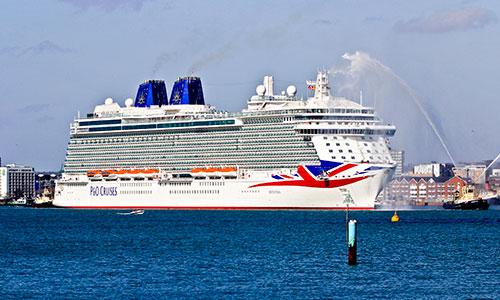 Britannia_cruising-1